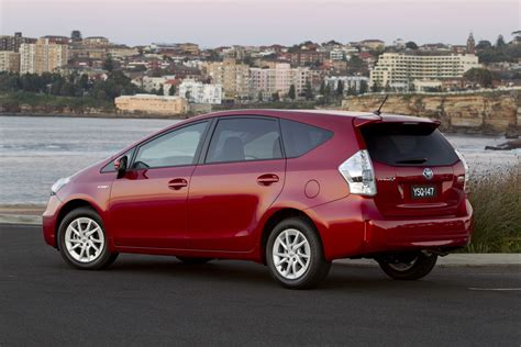 Toyota Prius V Review 2012 Toyota Prius V Reviews Specs And Prices Html Autos Post