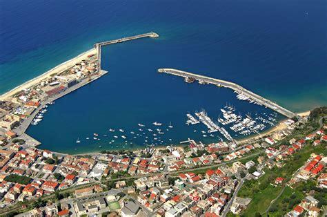 porto vibo marina vibo valentia marina in vibo marina calabria italy