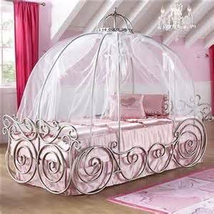 cinderella bed frame best 20 girls princess bedroom ideas on pinterest kids