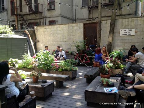 Manhattan S Best Neighborhood Coffee Shops Business Insider Best Parlors In Nyc 2013