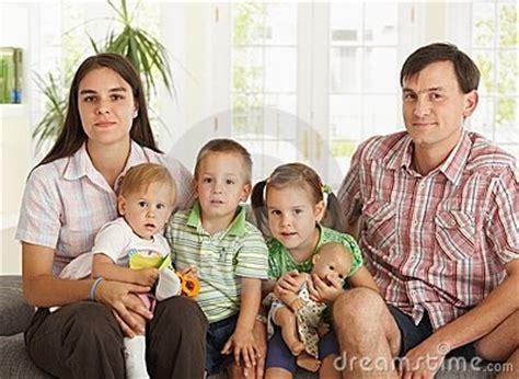 imagenes de la familia nuclear simple la familia y sus tipos tipos de familia