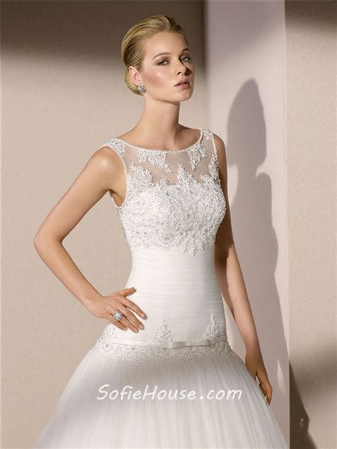 hairstyles for boat neckline trumpet mermaid boat neck v back tulle lace applique