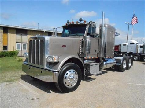 Peterbilt Flat Top Sleeper For Sale by Used 2008 Peterbilt 388 Flat Top Tandem Axle Sleeper For