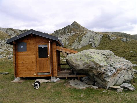 Tiny Cabin by Top Of The World Tiny Cabin Tiny House Swoon