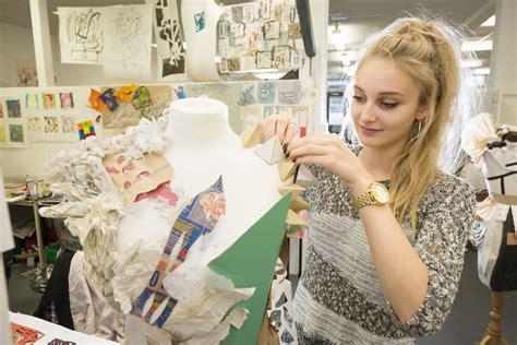 fashion design uk universities ranking 5 top uk fashion schools for international students