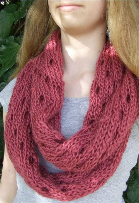 all free knitting cowls easy eyelet infinity cowl allfreeknitting
