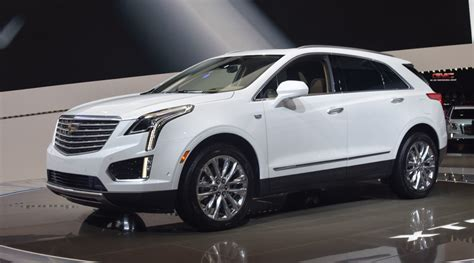 cadillac chevy 2017 cadillac xt5 priced at 39 990 gm authority