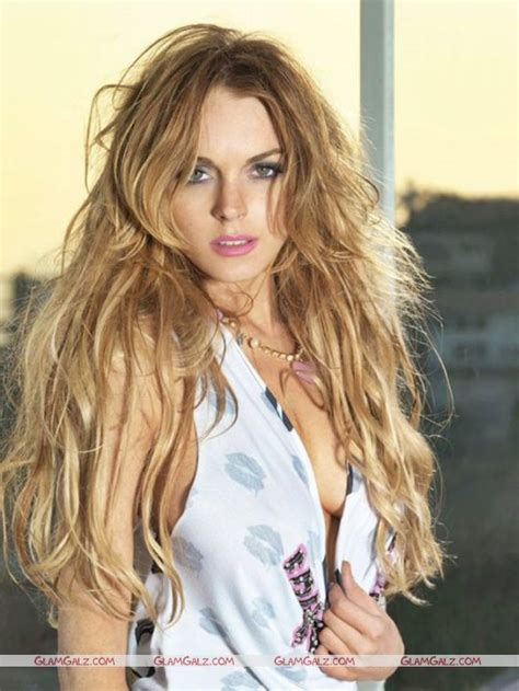 Lohans New by Lindsay Lohan Gets A New Look