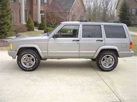 automobile air conditioning repair 2000 jeep cherokee security system find used 2000 jeep cherokee classic sport utility 4 door 4 0l in canton michigan united states