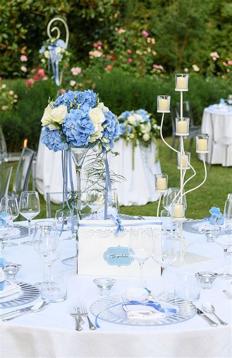 fiori tavoli matrimonio matrimonio romantico centrotavola con fiori e