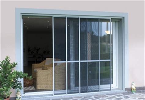 tipi di zanzariere per porte finestre zcm serramenti