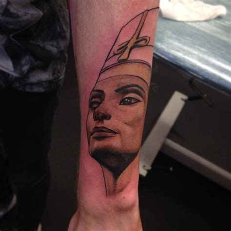 kerry queen tattoo geislingen random egyptian inspired tattoos world wide sola rey