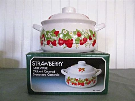strawberry themed kitchen decor 663 best images about strawberry kitchen on