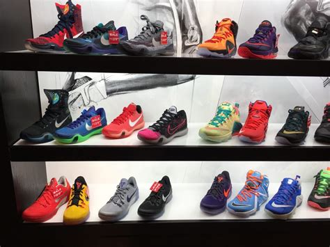 foot locker customer service phone number foot locker shoe stores 1151 galleria blvd roseville ca phone number yelp