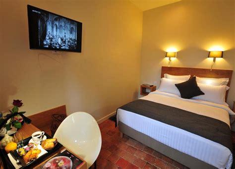 hotel la chambre sy hotels chambre du clocher h 244 tel sy la terrasse v 233 zelay
