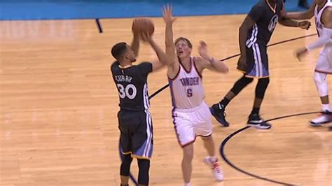 Curry County Records Stephen Curry Breaks Nba Record For Most 3 Pointers In A Season Abc7