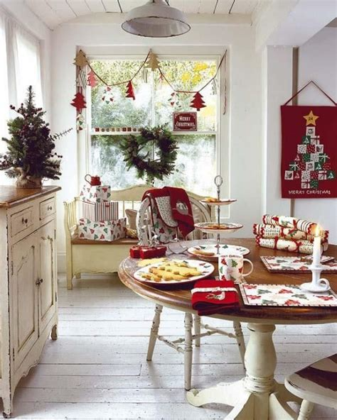 decorating ideas for kitchens 40 cozy christmas kitchen d 233 cor ideas digsdigs