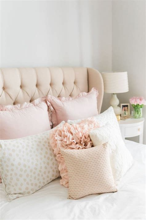 Small Living Room Decorating Ideas On A Budget - best 25 blush pink bedroom ideas on pinterest blush bedroom blush pink and grey bedroom and