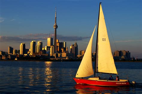 boat sails pictures file toronto skyline sailboat modified jpg wikimedia commons