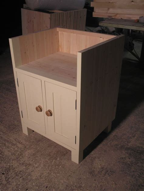 Belfast Sink Kitchen Unit 71 Best Images About Kitchens On Kitchenettes Small Kitchens And Cedar Wood