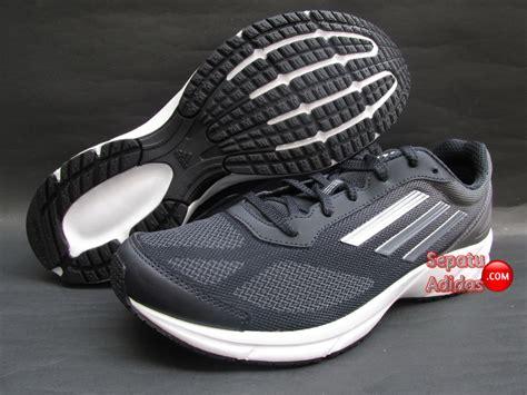 Sepatu Adidas Lite Pacer sepatu running adidas lite pacer 2 m granite tech greymetallic grey sepatu bola sepatu