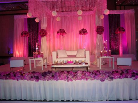 Wedding Anniversary Gift Stages 8 stunning stage decoration ideas for indian weddings