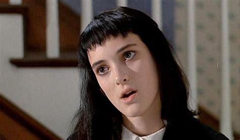 lydia deetz hairstyle 155 best images about beetlejuice on pinterest