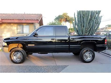 auto repair manual online 1998 dodge ram 2500 club auto manual service manual owners manual for a 1998 dodge ram 2500 club 1998 dodge 2500 12v cummins 4x4