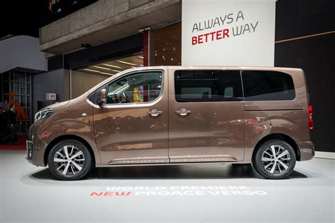 toyota proace verso nine things to know about the nine seat toyota proace verso