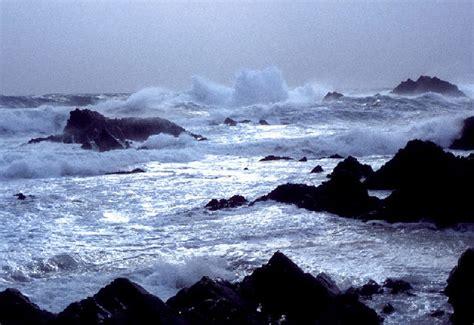 the winter sea winter sea fair isle 169 dave wheeler cc by sa 2 0