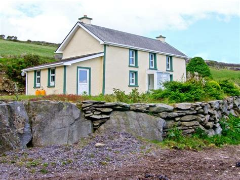 Cottages In Cork by Tooreen Farmhouse In Glengarriff County Cork This