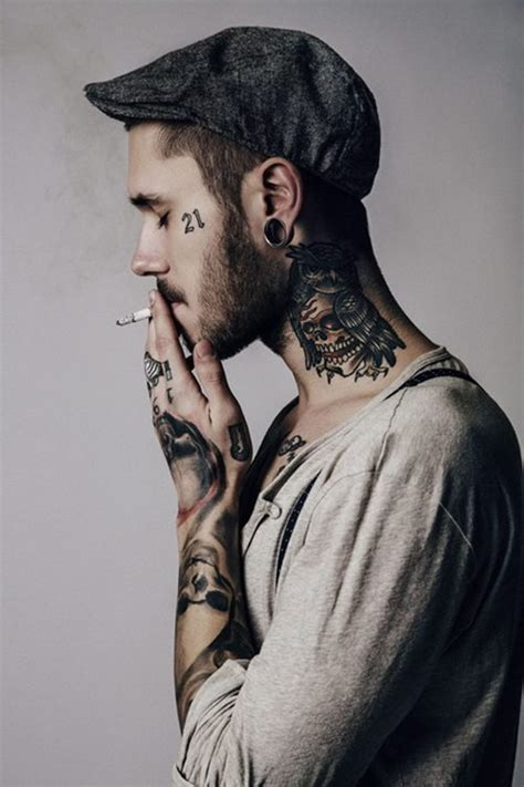 hot tattoo artist male on tattooed modeling fine art for bodies