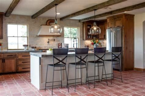 Joanna S Design Tips Southwestern Style For A Run Down Chip Gaines Concrete Countertops