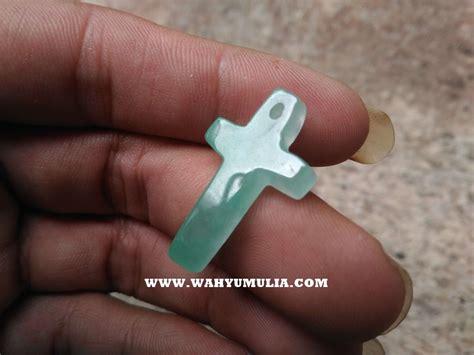 Batu Akik Giok Patkwa 024 liontin batu giok bentuk salib asli kode 606 wahyu mulia