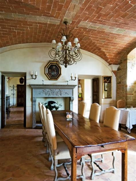 Farmers Dining Room Table el estilo r 250 stico en una residencia italiana