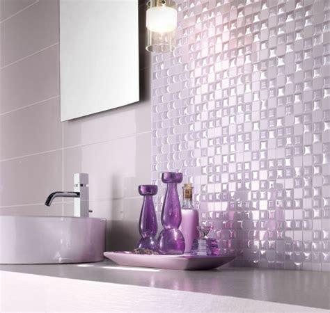 weiß und lila badezimmer badezimmer design mosaikfliesen