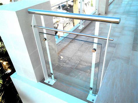 ringhiera acciaio e vetro ringhiera in ferro acciaio e vetro ab serramenti