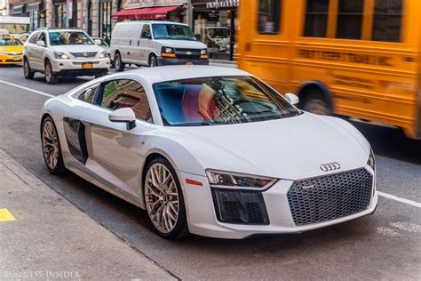 Audi R10 by The Audi R10 V10 Is A Supercar For Everyday Sfgate