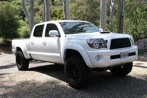 2010 toyota tacoma trd sport seat covers sell used 2010 toyota tacoma pre runner crew cab 4