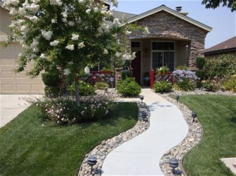 front yard walkway ideas front yard walkway on mulch landscaping front