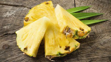 come presentare l ananas a tavola ananas giornale cibo