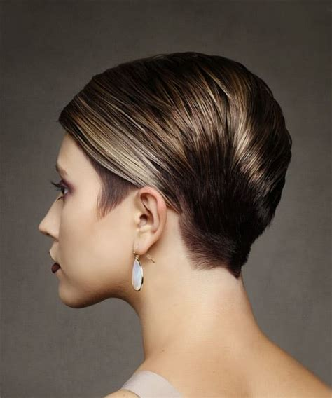 short straight formal hairstyle with side swept bangs short straight formal pixie hairstyle with side swept