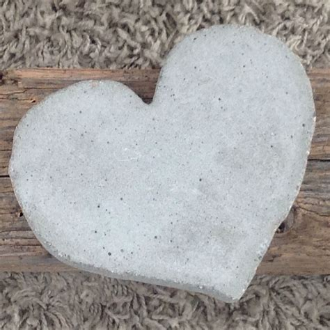 kunst aus beton herzen beton 10 kunst aus beton