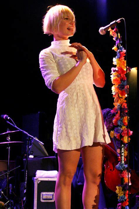 sia musician wikipedia sia bing images