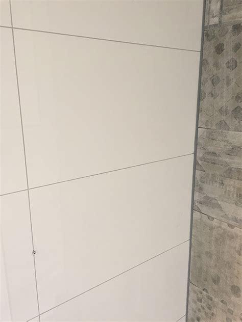 zilvergrijze voeg badkamer welke kleur voeg past het beste bij mijn tegels bossink