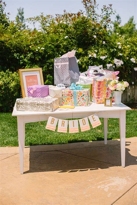 outdoor bridal shower decoration ideas 25 best ideas about backyard bridal showers on