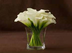 Lily Vase Centrepiece Calla Lilly Floral Arrangement Jpg 600 215 443 First