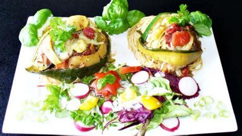 oregano öl innere anwendung rezept 220 berbackene zucchini nudelnester mit schinken