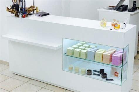 comptoirs sur mesure agencement de magasin