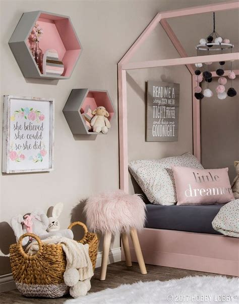 Hobby Lobby Bedroom Decor by 1237 Best Home Decor Images On